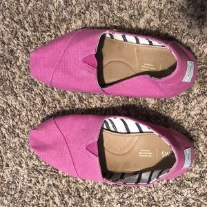 TOMS Classic Loafer, Plum Color, Size 10, like new